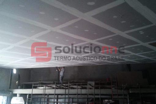 Drywall com Isolamento Acústico, Forro Acústico, Jateamento Termo-Acústico na Cor Branca Espetinho Barreiro