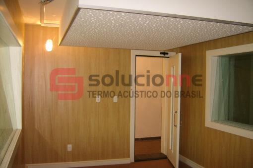 Drywall com Isolamento Acústico, Painéis de Absorção Sonora, Visores Acústicos e Portas Acústicas no Plug Minas