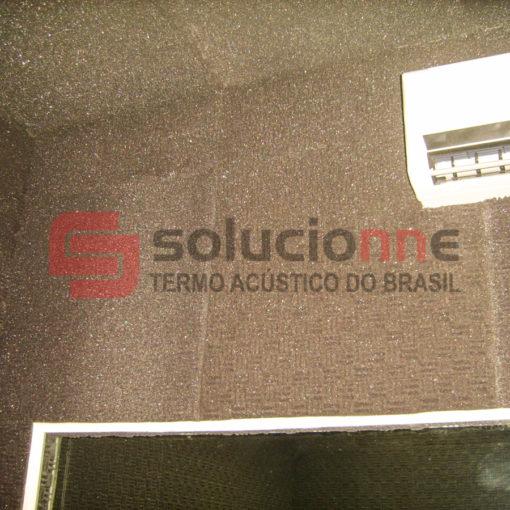 Espuma Acústica 20mm cor natural na PUC Minas