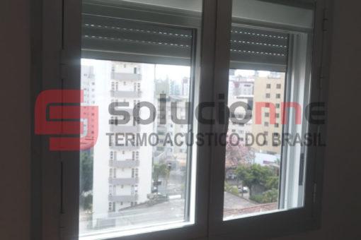 Janela Acústica de Giro Sobreposta na Cor Bronze no Bairro Cruzeiro em Belo Horizonte