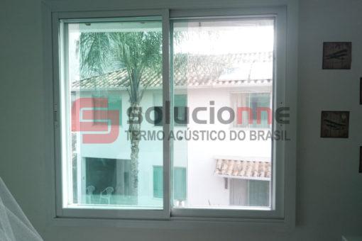 Janela Acústica na Cor Branca 151cm  x 137cm no Bairro Santa Branca em Belo Horizonte