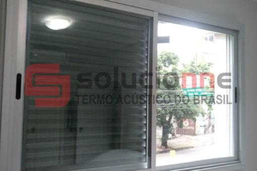 Janela Acústica Sobreposta de Correr na Cor Branca no Bairro Funcionários em Belo Horizonte