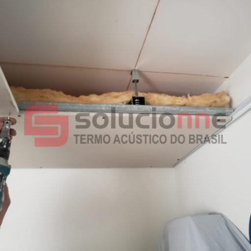Janelas Acústicas de Correr, Portas Acústicas Isolante e Forro Acústico com Amortecedor no Bairro União em Belo Horizonte
