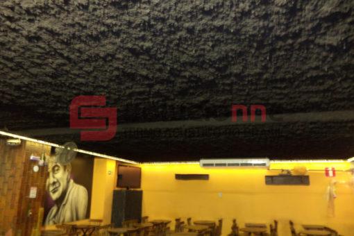 Jateamento Termo-Acústico Solufibra na Face Interna do Teto do Restaurante Engenho de Minas