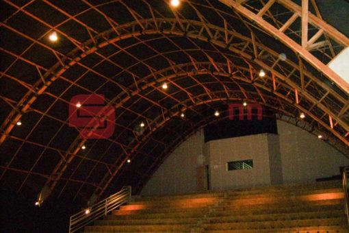 Painel Acústico Véu Vidro Preto 50mm IsoSound/Sim no Teatro Francisco Nunes